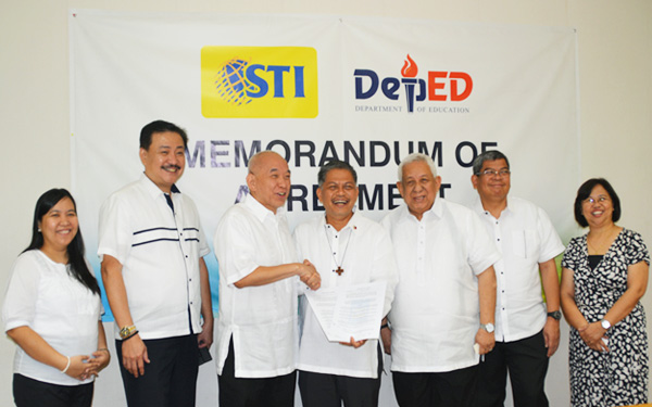 STI Partners with DepEd for Alternative Learning System